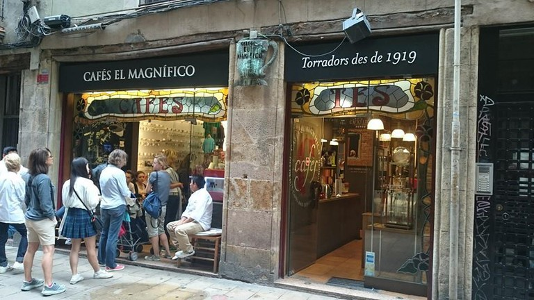 Cafés El Magnífico has been around for more than 100 years