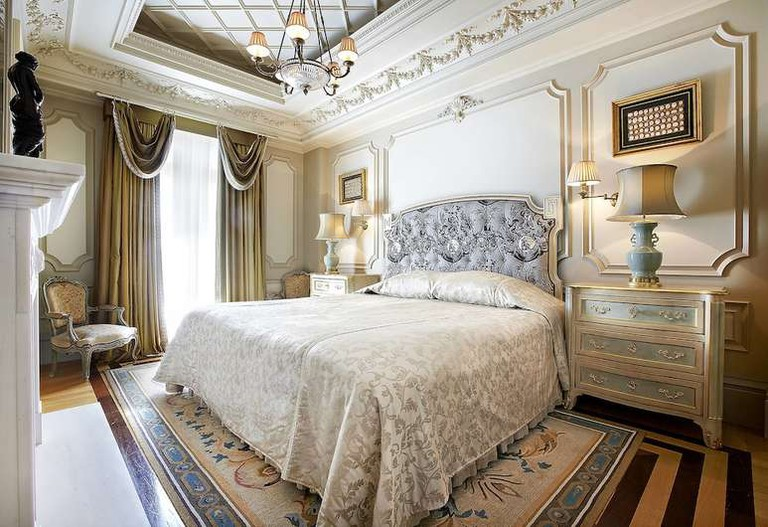 Hotel Grande Bretagne offers some of the most luxurious rooms in Athens