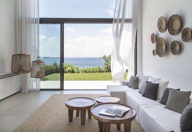 Many rooms at the Margi enjoy a sea view