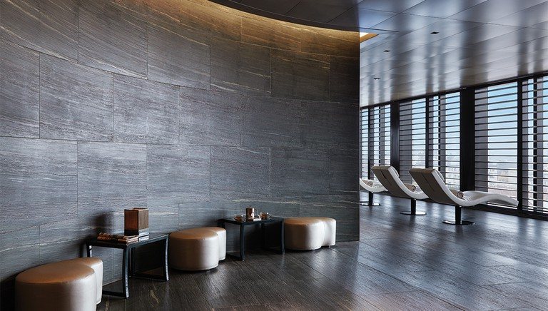 armani-spa-entrance-relaxation-area