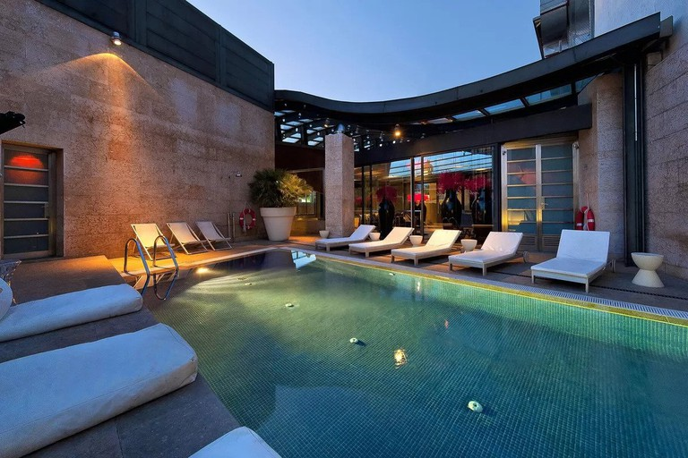 Hotel Urban is ideal for those who want to visit Madrid's 'Golden Triangle of Art'