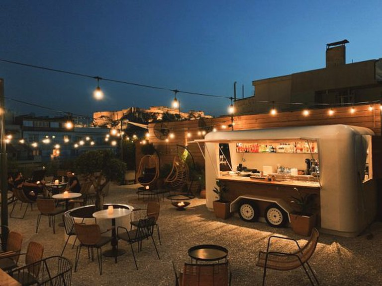 Close to Syntagma Square, Retiré is a wonderfully central rooftop spot