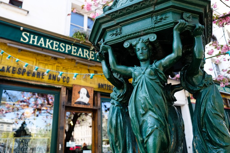 Shakespeare and Co, Paris. Image shot 2015. Exact date unknown.