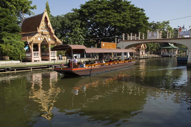 Khlong Saen Saep canal