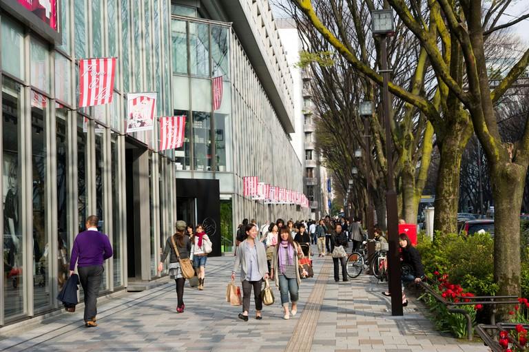 People shopping on Omotesando, Tokyo, Japan