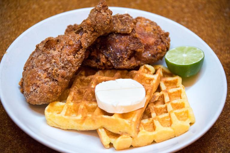 Habanero fried chicken and Waffles, Brunch at Momofuku Ma Peche Restaurant, Manhattan, New York