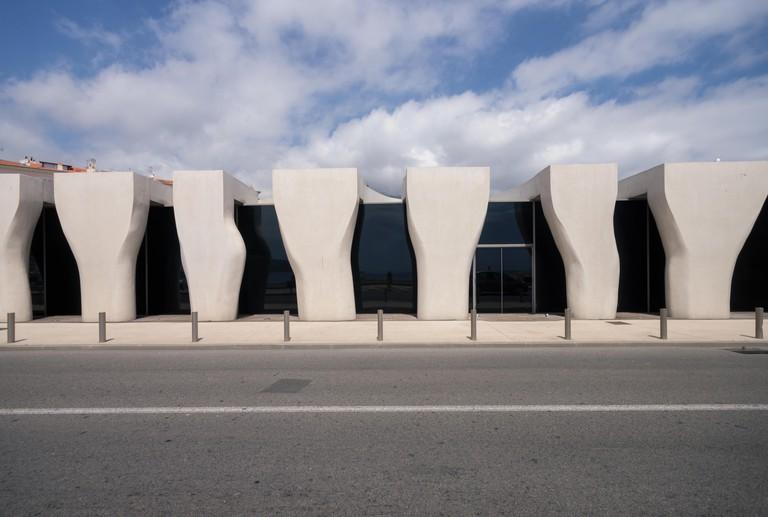 Jean Cocteau Museum, Menton, French Riviera: architect Rudy Ricciotti exterior concrete colonnade 1 Inexhibit