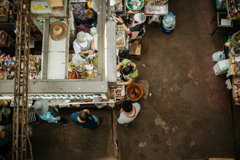 Talat Warorot Market, Thanon Chang Moi