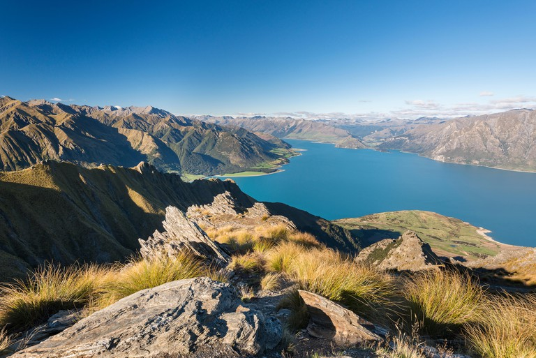 Lake Hawea with mountain panorama in Isthmus Peak Track
