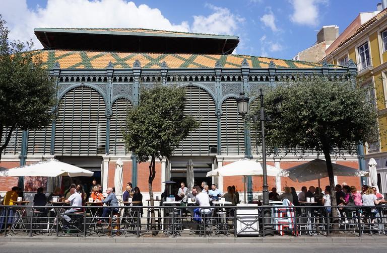 Bar outside the Atarazanas Market
