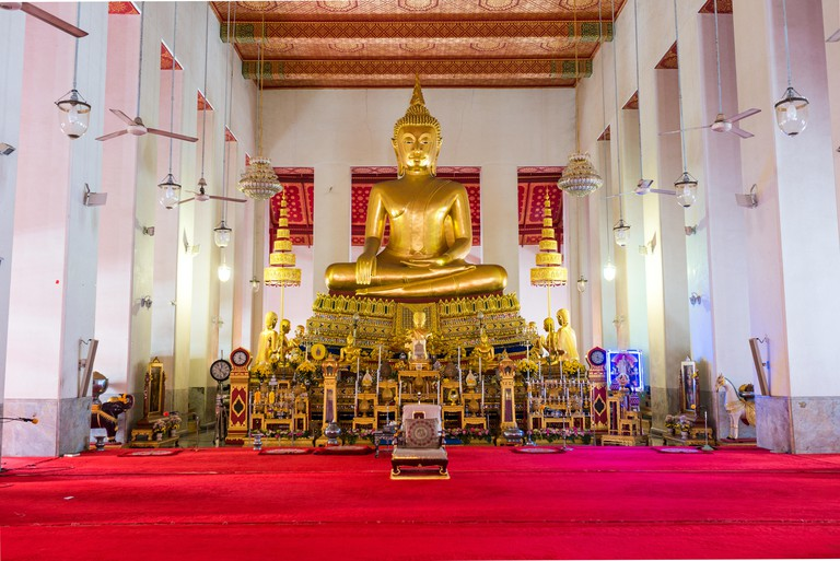 Temple and monastery Wat Mahathat Yuwaratrangsarit in the mid of Bangkok. Image shot 02/2018. Exact date unknown.