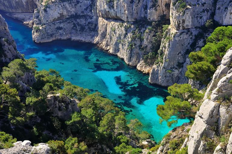 La magnifique calanque d'En-Vau, entre Cassis et Marseille