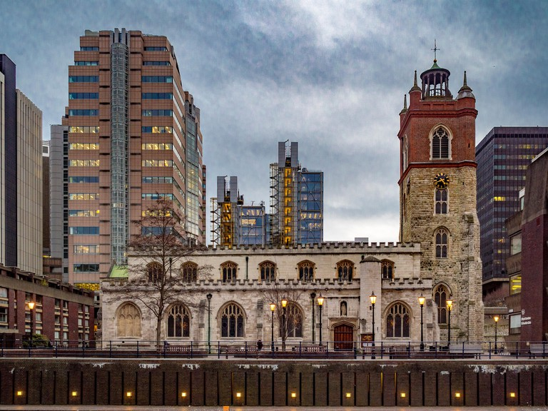St Giles-without-Cripplegate, Church of England church in the City of London, located on Fore Street within the modern Barbican complex.