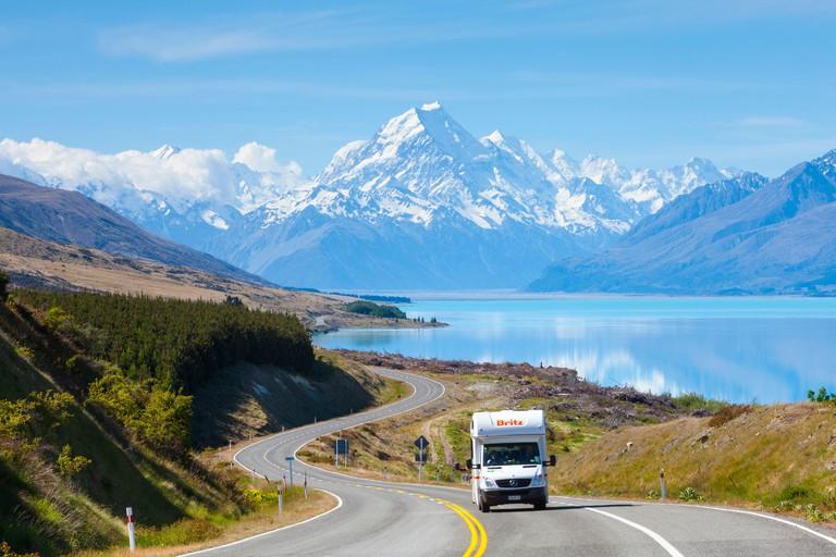 Mount Cook (Aoraki), Lake Pukaki, Mackenzie Country, Canterbury, South Island, New Zealand