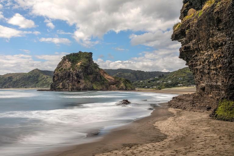 Piha Beach, Auckland, Lion Rock, North Island, New Zealand