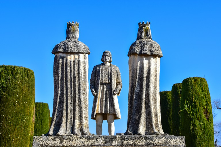 Christopher Columbus meets King and Queen, Statues, Columbus, Ferdinand, Isabel, Alcazar, Cordoba, Andalucia, Spain