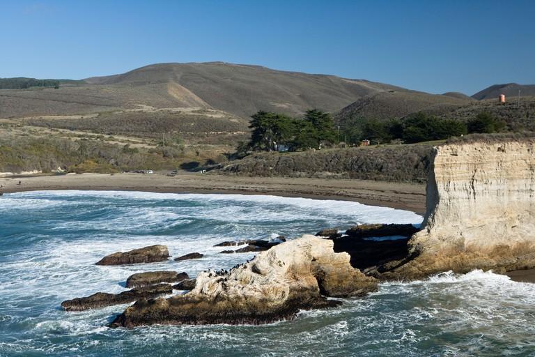 Montana De Oro State Park, looking at Spooner's Cove, California, USA