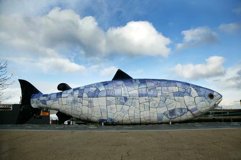The Salmon of Knowledge ceramic fish sculpture in Belfast.