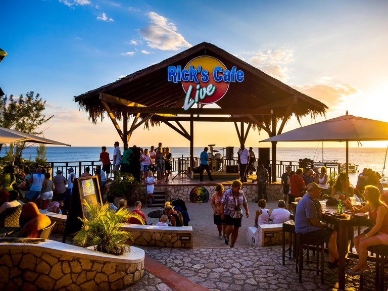 Rick's Cafe, well-known location on the beach in Negril, Region Westmoreland, Jamaica