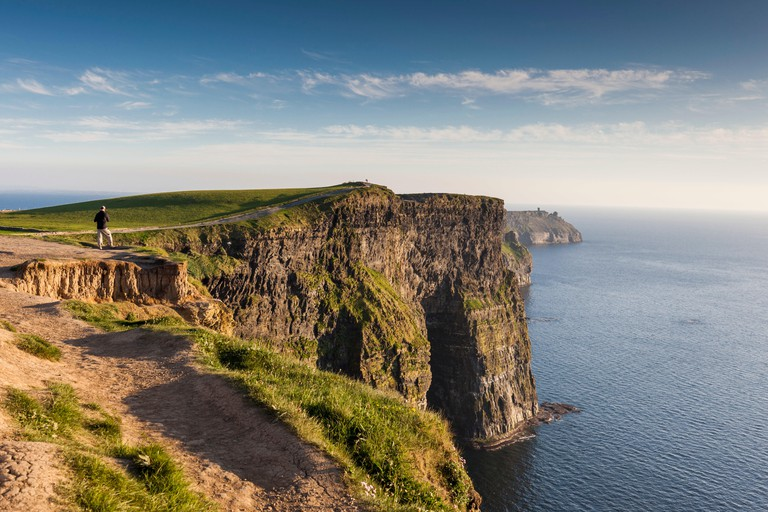 Ireland, County Clare, Cliffs of Moher, 200 meter high cliffs, dusk