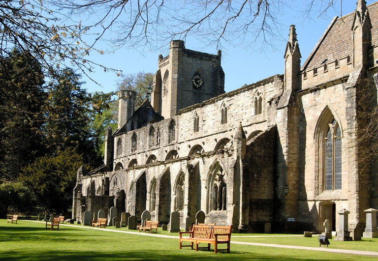 Dunkeld Cathedral, Dunkeld, Perth and Kinross, Scotland, UK.. Image shot 2006. Exact date unknown.