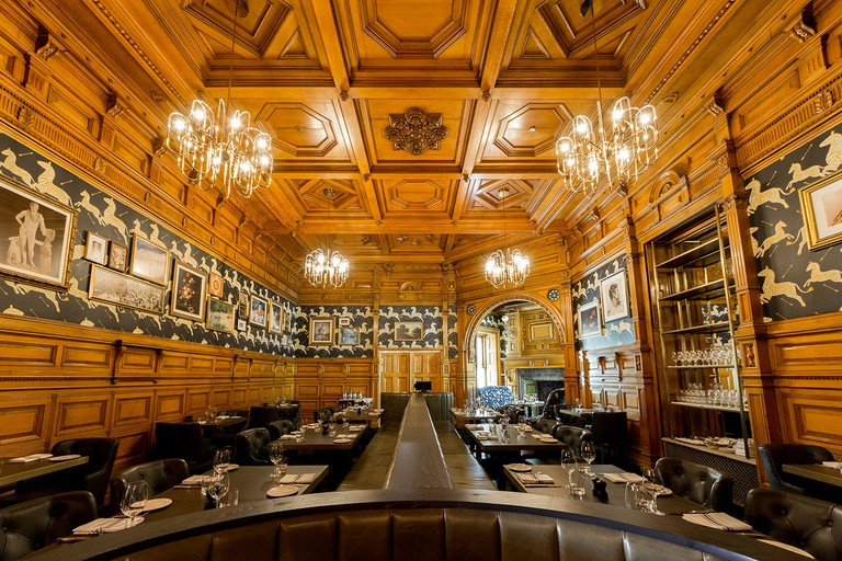 Bar-George-Interiors4_ImgCredit_Cindy La