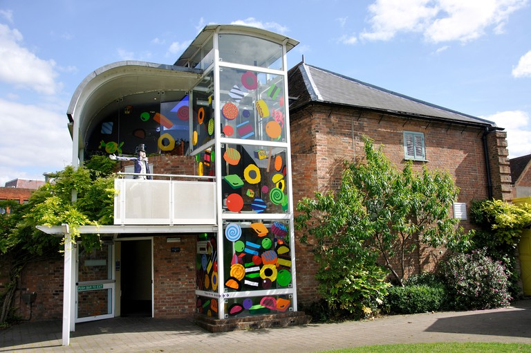 Buckinghamshire County Museum and Roald Dahl Children's Gallery, Church St., Aylesbury, Buckinghamshire, England, United Kingdom. Image shot 2009. Exact date unknown.
