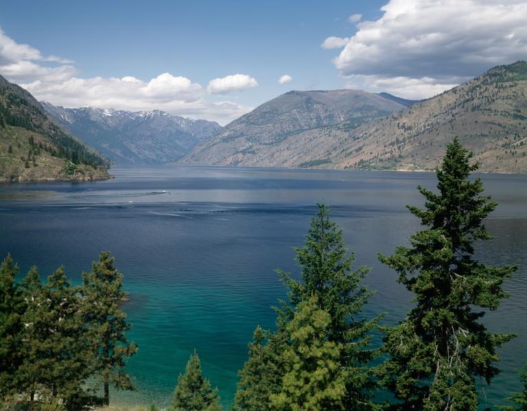 Lake in front of mountains, Lake Chelan, Washington State, USA