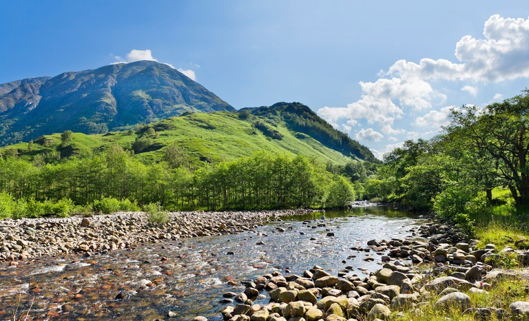 Ben Nevis (Britain's highest mountain) with River Nevis in foreground, Glen Nevis, Lochabar, Scottish Highlands, Scotland, UK