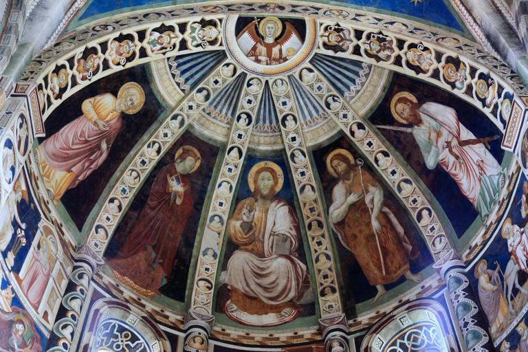 Italy, Lombardy, Como, Sant Abbondio Basilica, interior, fresco,