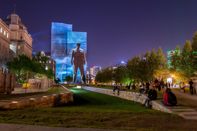 Montreal, Canada. 24th May, 2017.  Cite Memoires Grand tableau onto the walls of the Montreal Court House (Champ-de-Mars). Cite Memoire features 20 multimedia tableaux telling the history of Montreal. Credit: Marc Bruxelle/Alamy Live News