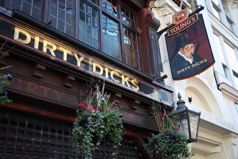 Dirty Dicks pub, Bishopsgate, City of London, EC2.