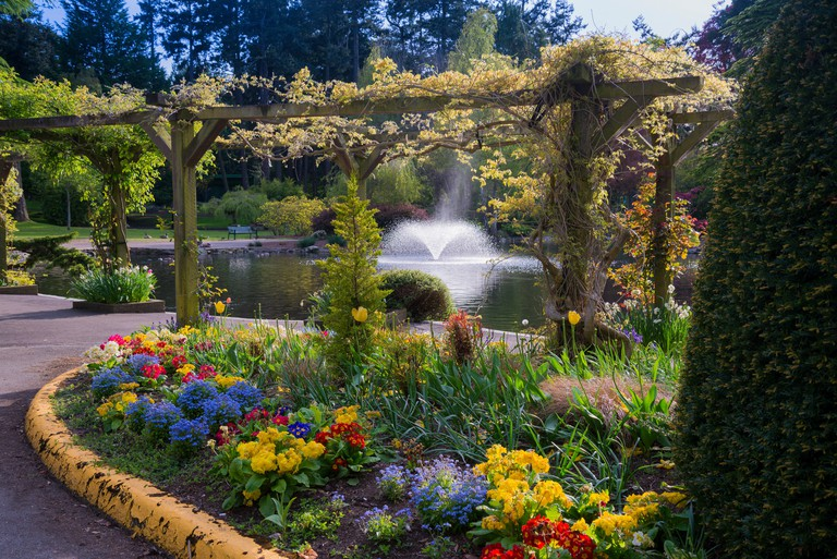 Fountain and flower bed, Beacon Hill Park, Victoria, British Columbia, Canada