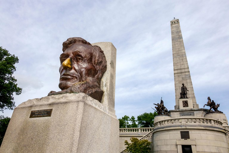 Illinois, Midwest, Springfield, Oak Ridge Cemetery, Abraham Lincoln Tomb and War Memorials State historic Site, memorial, monument, head, sculpture, G