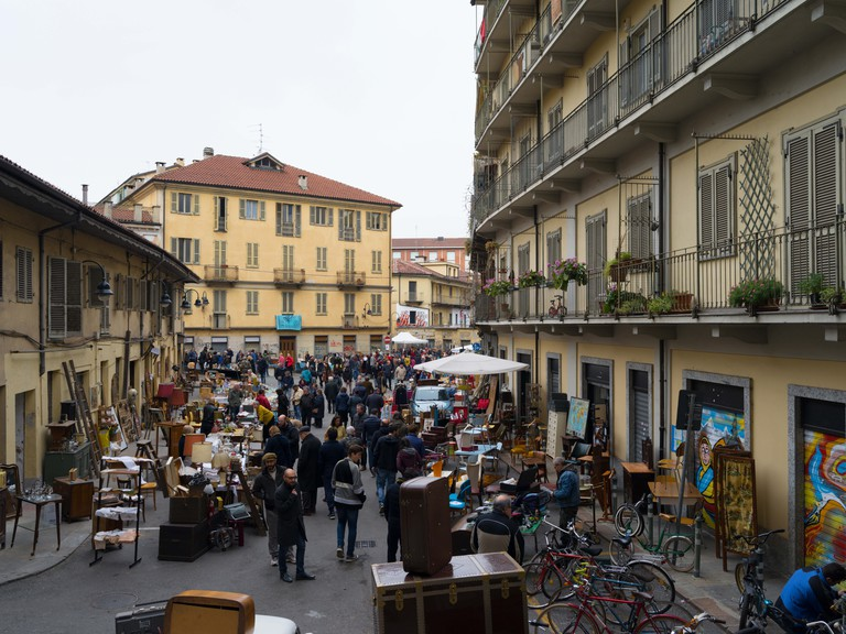 The Gran Balon is held on the second Sunday each month: anything from toys to antique furniture, lace, collectors items, a variety of offers that make