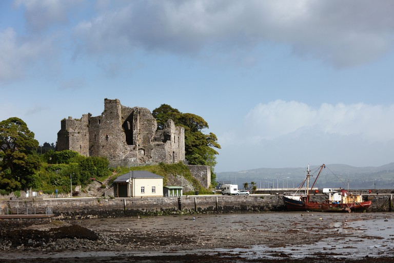 Republic of Ireland, County Louth, Cooley peninsula, Carlingford, View of King John's Castle