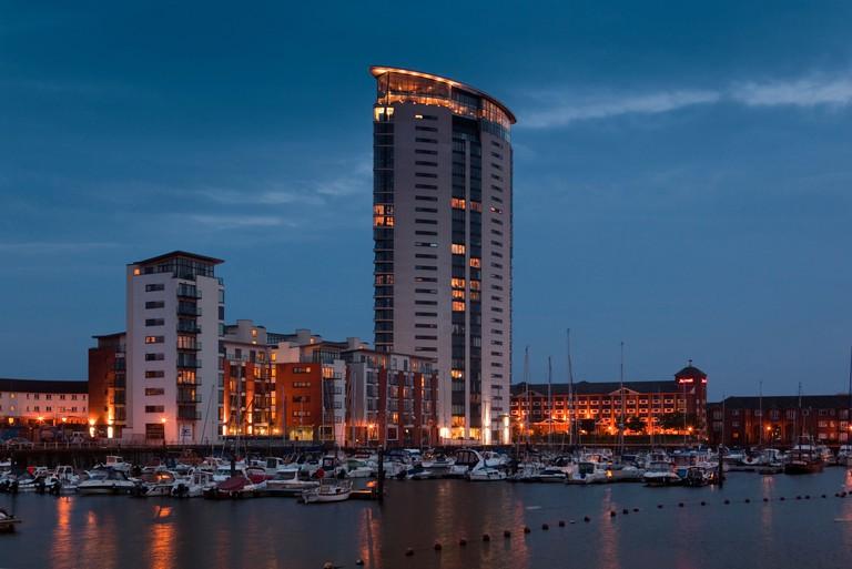 UK, Wales, Swansea, Maritime Quarter, Meridian Tower, towering over the Marina