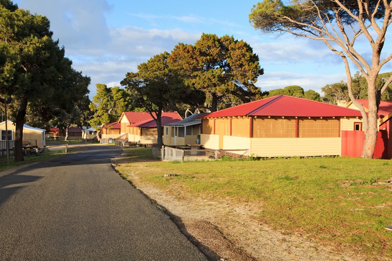 Bungalow accommodation in Thomson Bay.