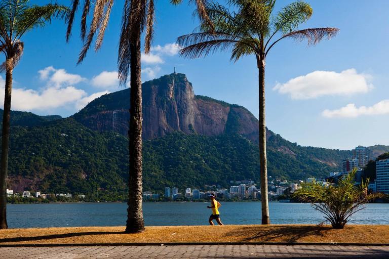 Lagoa Rodrigo de Freitas ( Rodrigo de Freitas Lagoon ), Rio de Janeiro, Brazil Runner carioca lifestyle Christ the Redeemer