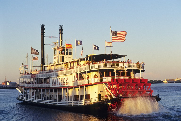 the steamboat Natchez on the Mississippi River, New Orleans, Louisiana, United States of America, Americas