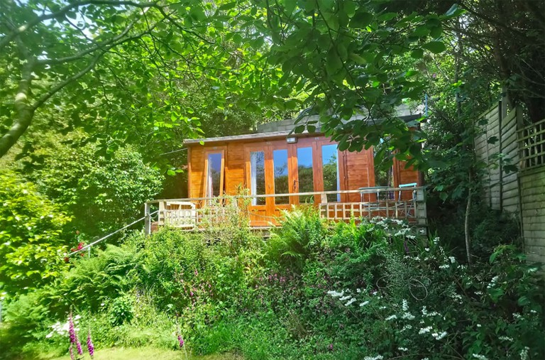 Dragonfly Cabin near Tintagel copy