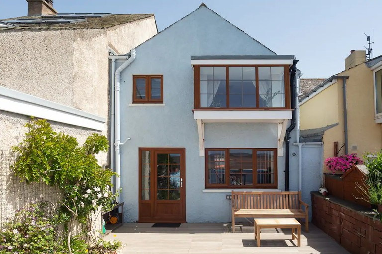 Reimagined 1715 Beachfront Cottage with Terrace, Lake District
