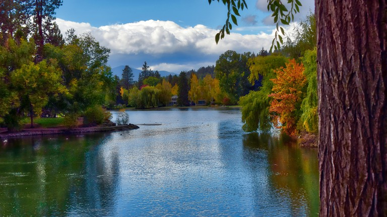 Fall Colors at Drake Park in Bend, Oregon