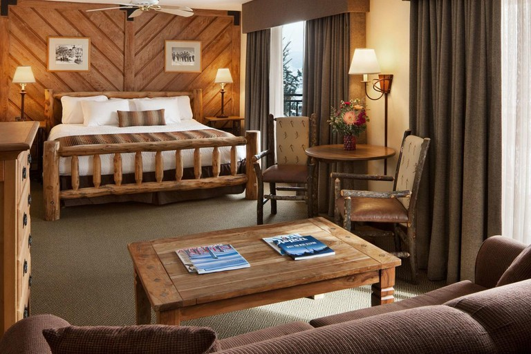 Stonebridge Inn, A Destination Hotel, Aspen, Colorado