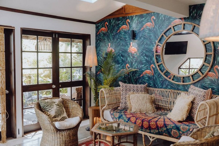 The Bungalow – Walk to Town and Beach, Byron Bay