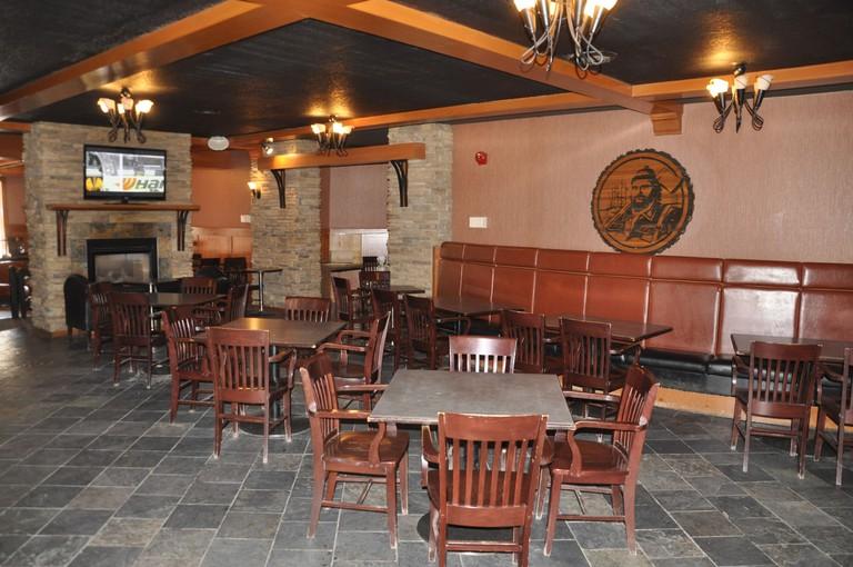 Twin Pine Inn and Suites, Jasper