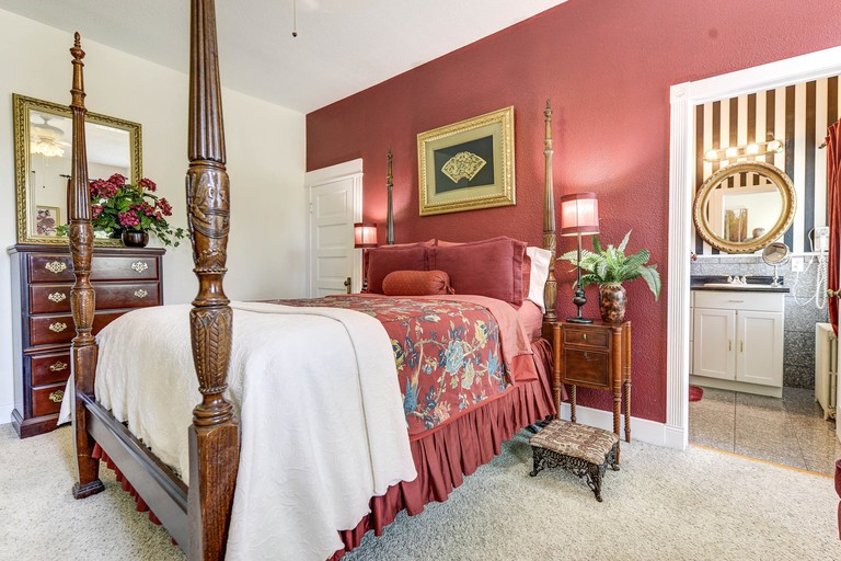 The St. Mary's Inn, Bed and Breakfast
