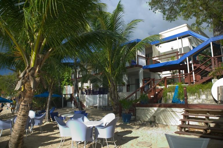 BARBADOS, West Coast, Mount Standfast: Beach Side View / Lone Star Hotel & Restaurant