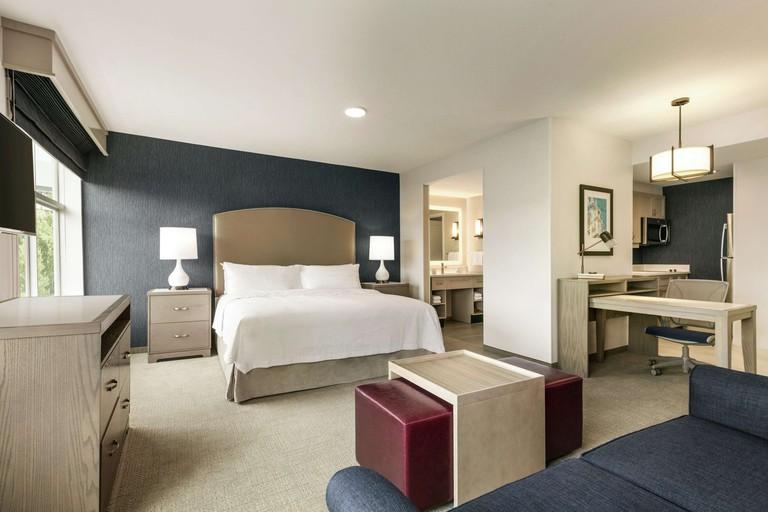Homeward Suites by Hilton