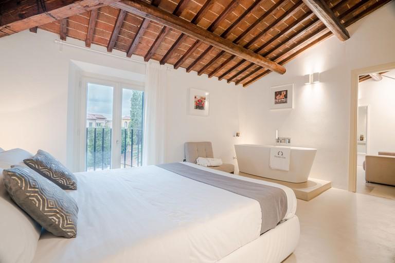 Palazzo Cini Luxury Rooms in Pisa, Tuscany